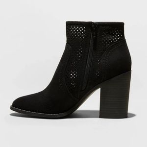 Universal Thread Black Microsuede Booties